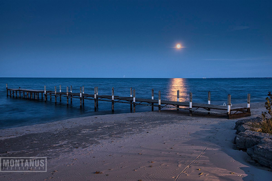 Crescent Beach Hotel Dock On Lake Ontario In Rochester New York