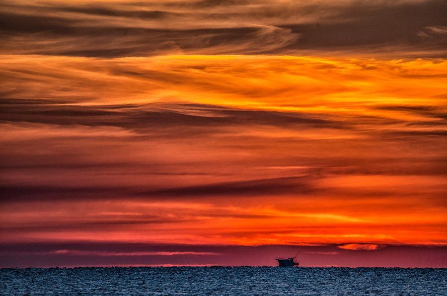 Montanus Photography - Heavenly Skies: www.montanusphotography.com/nmphoto/heavenly-skies/index2.htm
